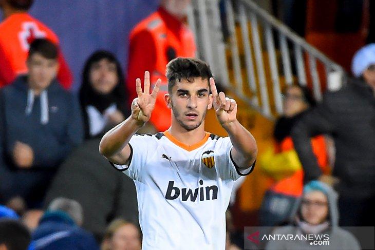 Liga Champions, Valencia bangkit pada babak kedua untuk pecundangi Lille 4-1