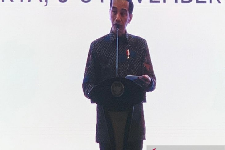 Jokowi urges SOEs not to take all infrastructure projects