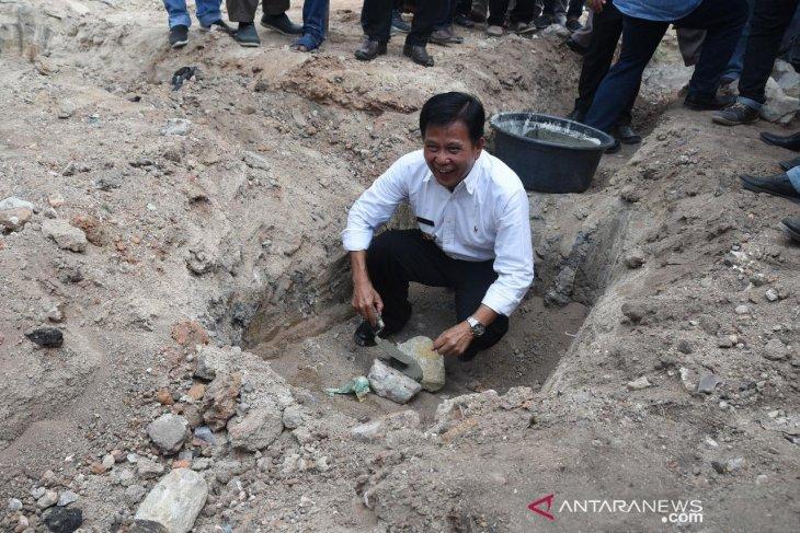Pemerintah Kabupaten Bangka Tengah bantu pembangunan rumah gadang perantau Minang