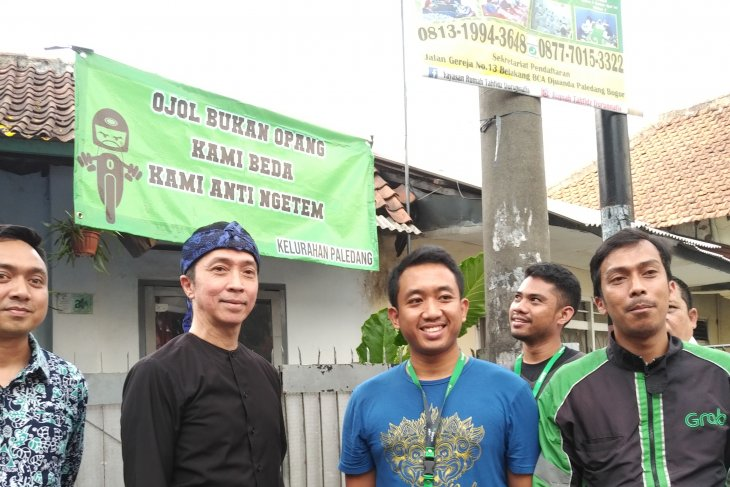 Ojek online usul dibangunkan halte dekat Stasiun Bogor