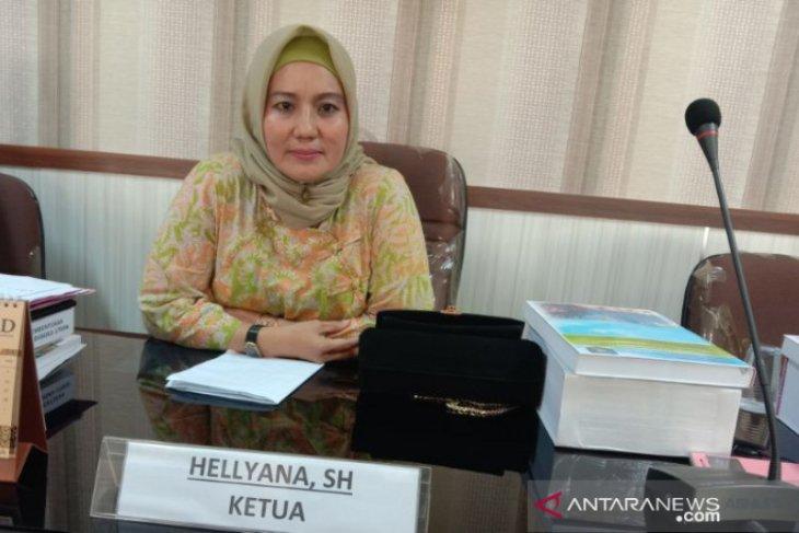 Hellyana: Para penambang bukan masyarakat asli Belitung