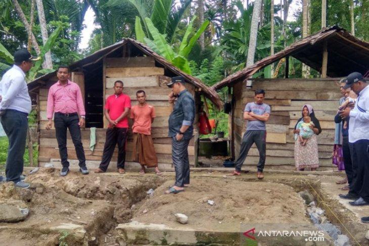 Pembangunan rumah layak huni di Aceh Jaya terbengkalai