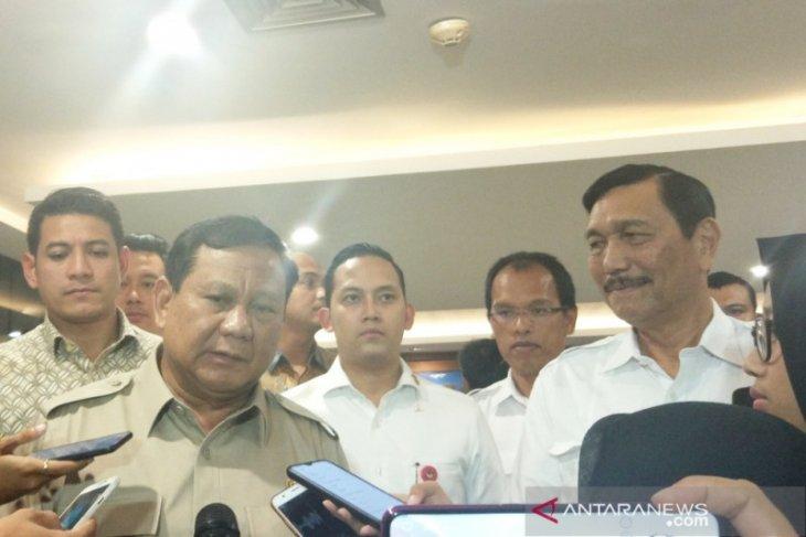 Luhut sebut bernostalgia  pertemuannya dengan Prabowo