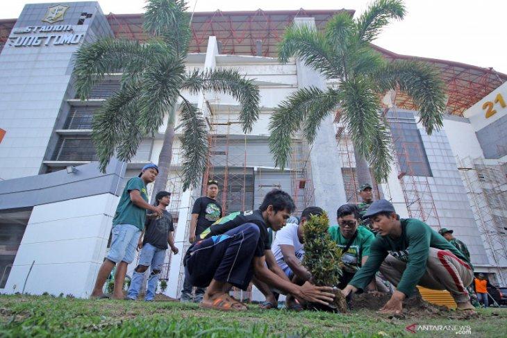 Pemkot Surabaya percepat pembenahan Stadion GBT