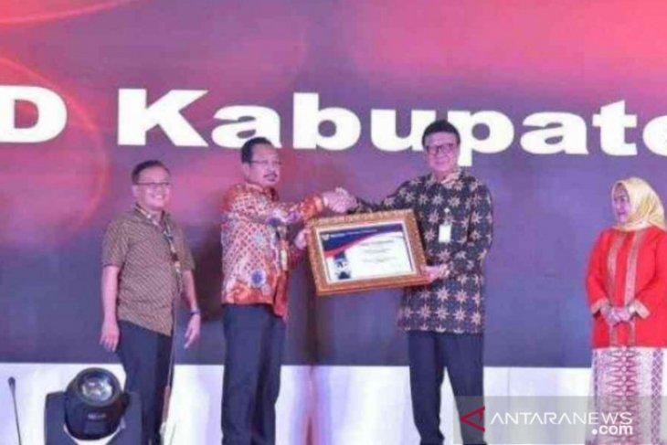 RSUD Bekasi mendapatkan penghargaan pelayanan publik terbaik