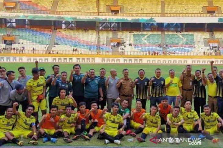 Bupati imbau pejabat dan pegawai Pemkab Bekasi saksikan final Persikasi vs  PSKC Cimahi