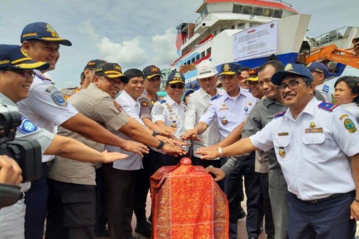 Wakil Bupati Samosir di peluncuran Kapal Ro-ro II