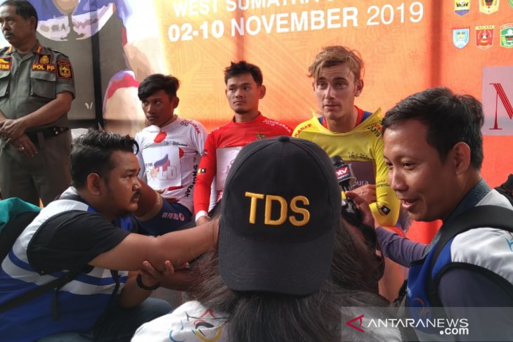 Pebalap diuji etape lintas provinsi TdS 2019