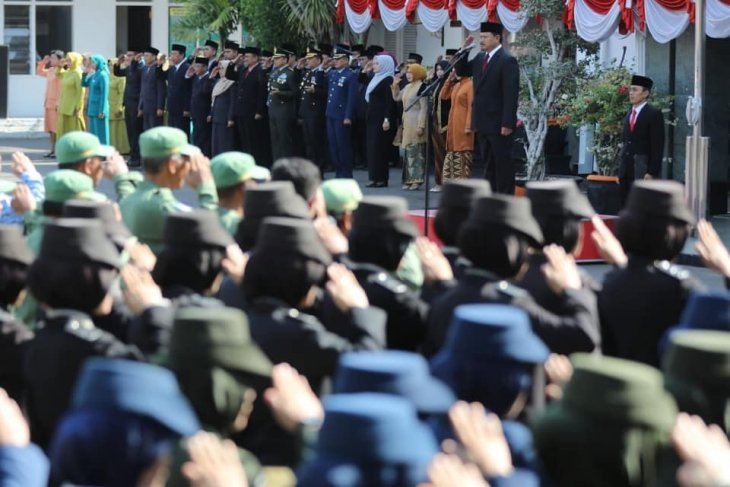 Indonesia's adversaries are not  colonizers, but drug dealers: mayor