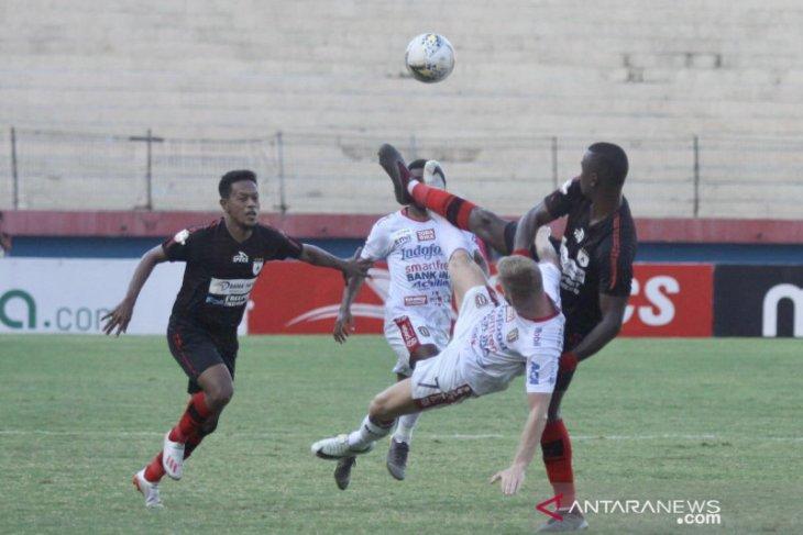 Persipura ditahan imbang 2-2 oleh Bali United