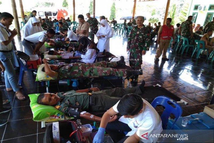Kodim Aceh Jaya kumpulkan 76 kantong darah dari pendonor