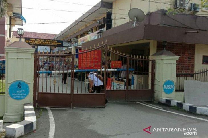 Flash - Bom bunuh diri di Polrestabes Medan