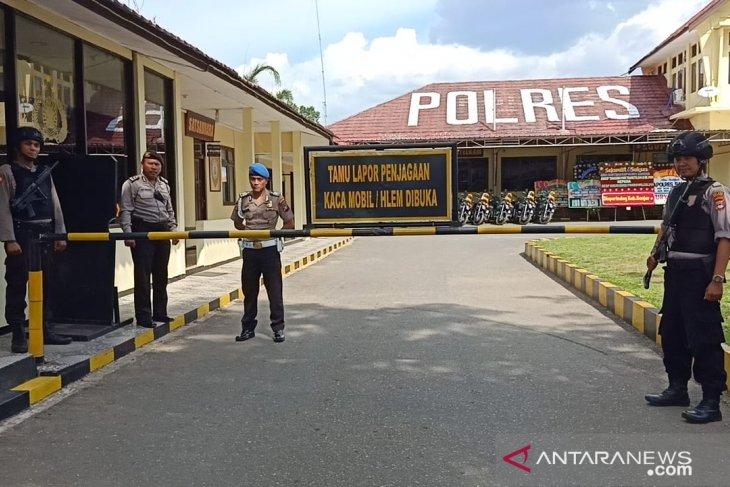 Akses masuk Mapolres Banjar diperketat