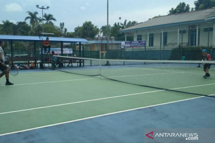 Tenis lapangan Sulsel kubur mimpi tuan rumah di Pornas Korpri