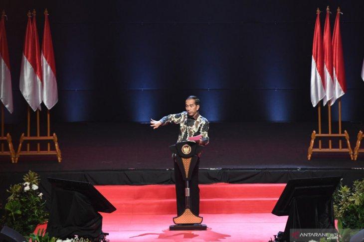 Presiden Jokowi minta penegak hukum jangan