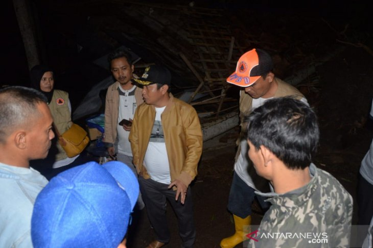 Hujan dan angin hancurkan sejumlah rumah di Kota Serang