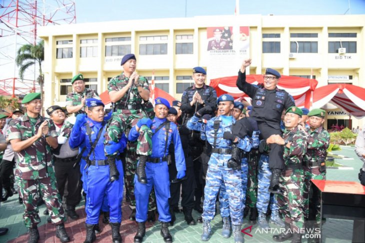 Wakapolda ingatkan Brimob tetap bersinergi dengan TNI