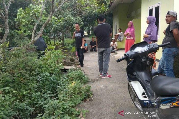 Diduga anggota jaringan teroris, seorang wanita warga Kota Binjai diamankan polisi