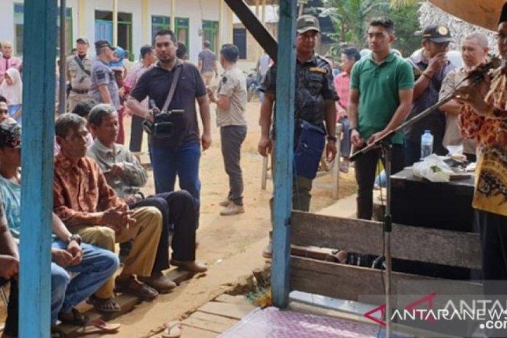 Bupati Kotabaru  pantau hasil pembangunan di kecamatan terluar