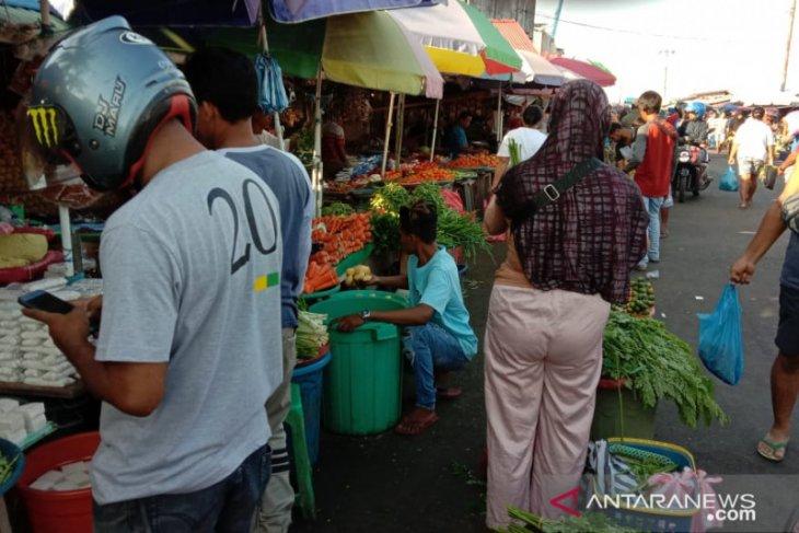 Harga berbagai jenis sayuran lokal mulai naik di Ambon