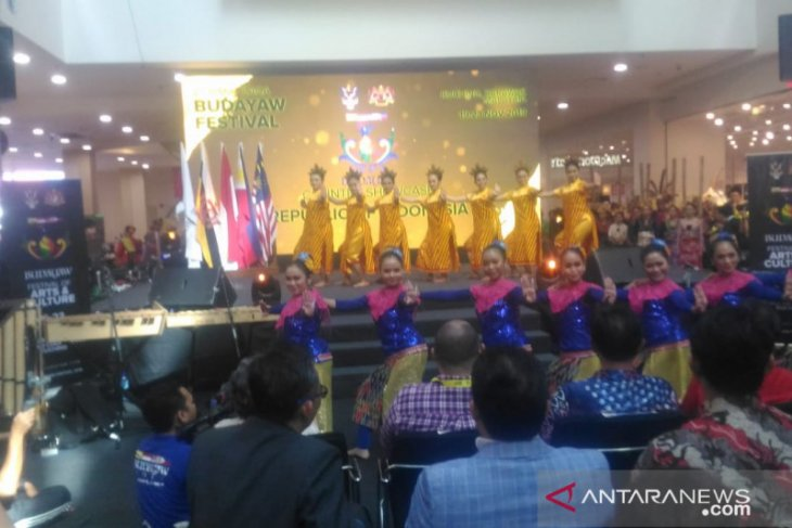 Indonesia sends delegation to Arts and Culture Festival in Kuching