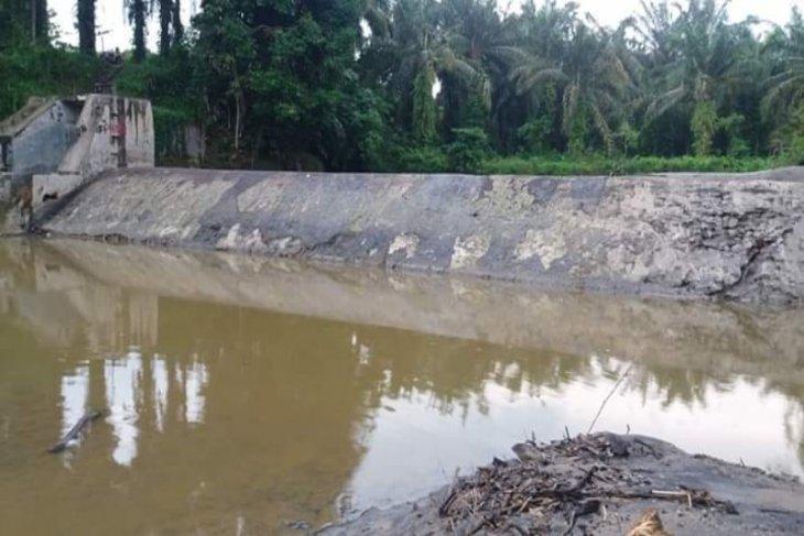 Irigasi rusak di Langkat, petani terancam gagal tanam