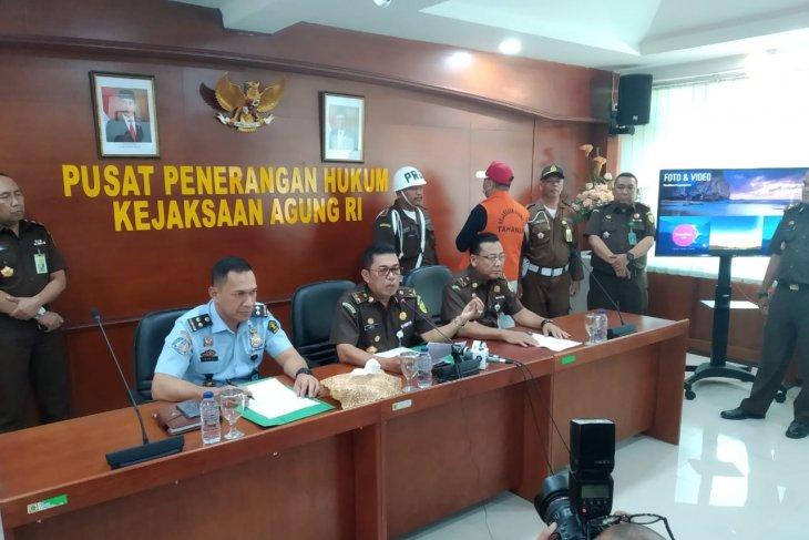 Atto Sakmiwata Sampetoding, terpidana korupsi jual beli nikel ditangkap Kejagung