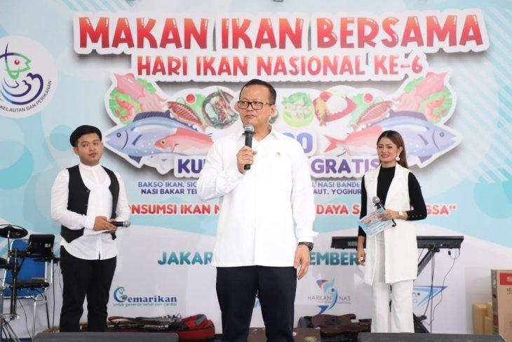 Menteri Edhy nyatakan konsumsi ikan solusi cepat atasi