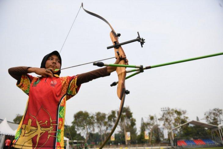 Panahan Popnas ajang mendulang emas Yogyakarta,   Sumut dan Riau
