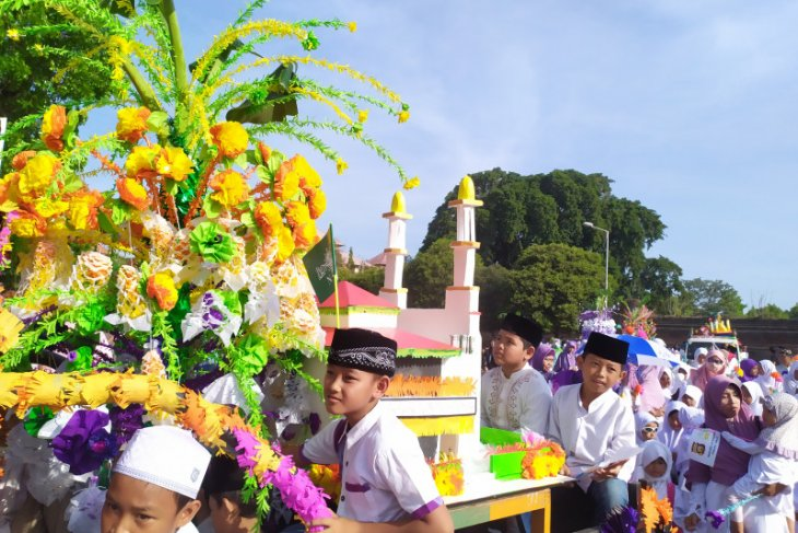 Masjid Polda Bali adakan Pawai Hias Telur