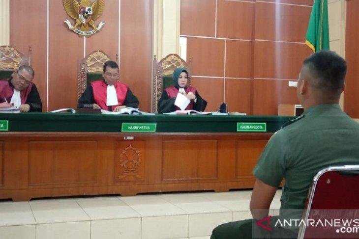 Anggota TNI AD bersaksi pada sidang kelompok SMB