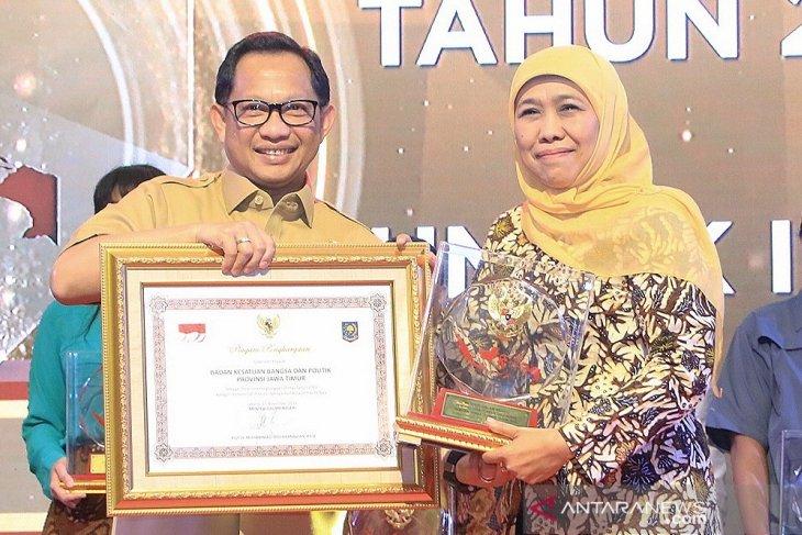 Pemprov Jatim raih penghargaan sebagai pembina ormas terbaik