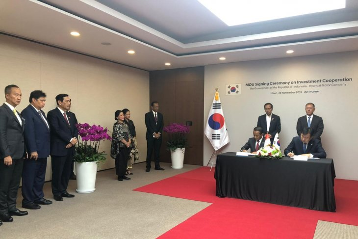 Luhut  welcomes Hyundai for investment in Indonesia as production base
