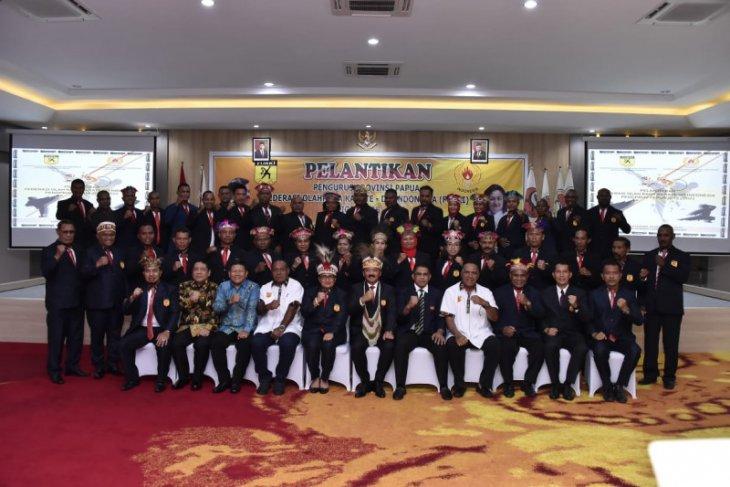 Panglima TNI, Hadi Tjahjanto lantik pengurus Forki Papua