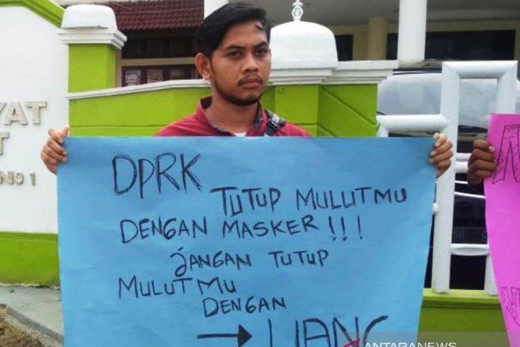 Mahasiswa protes pencemaran batu bara PLTU