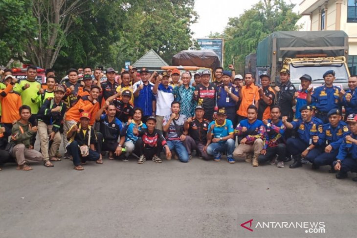 Bupati lepas 10 Armada Balakar 654 antar bantuan ke Kotabaru