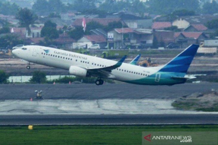 Garuda expected to offer affordable flight tickets: legislator