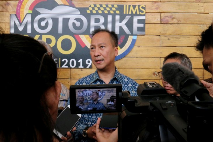 Government sets motorcycle production target at 10 million