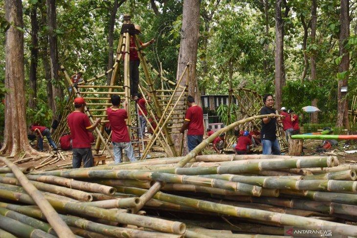 Festival bambu di Madiun