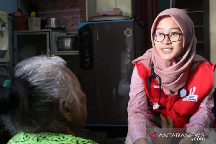 PMI kerahkan relawan dokter muda susuri kampung untuk beri pelayanan kesehatan