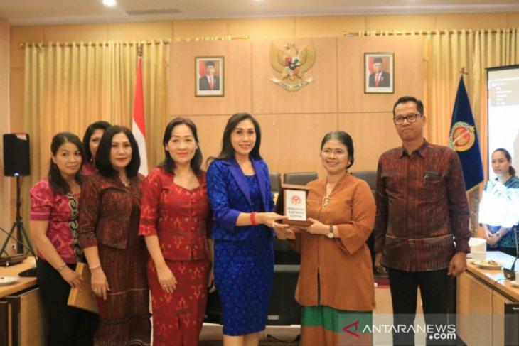 Dekranasda Gianyar ajak Yogyakarta rencanakan International Craft Festival