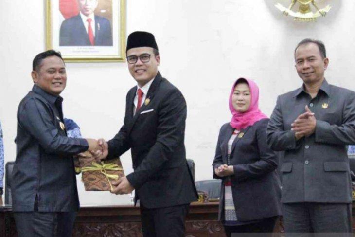 DPRD Bekasi targetkan 25 Raperda tuntas di tahun 2020