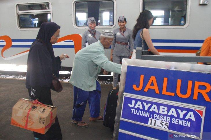 Jelang libur Natal, tiket KA ekonomi Malang-Jakarta ludes