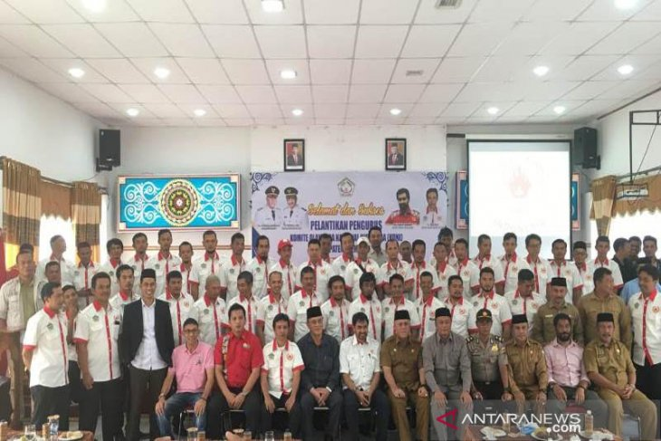 Muzakir Manaf lantik pengurus KONI Aceh Tengah