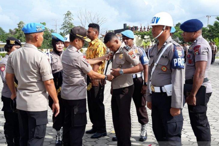 Sembulan Bintara Polda Papua Barat diberhentikan