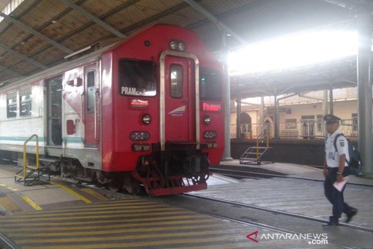Untuk akhir tahun, Stasiun Solobalapan tambah rangkaian KA