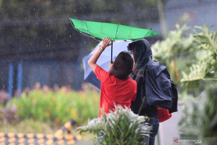 KBRI Filipina : Tidak ada laporan kontingen Indonesia terimbas badai