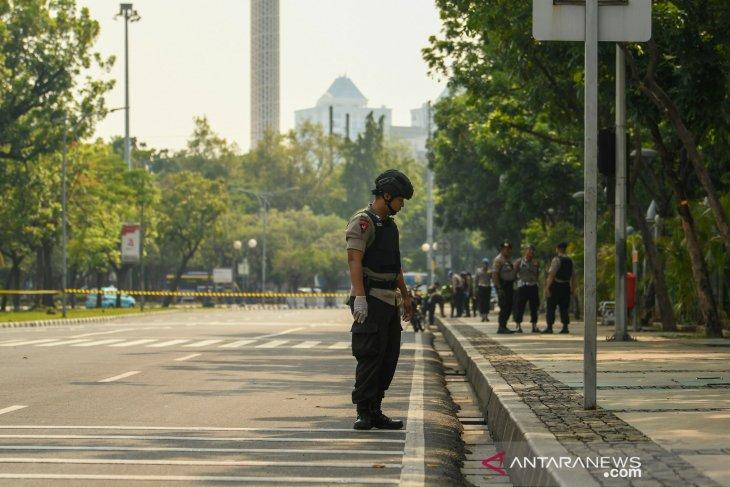 Ledakan di Monas berasal dari granat asap