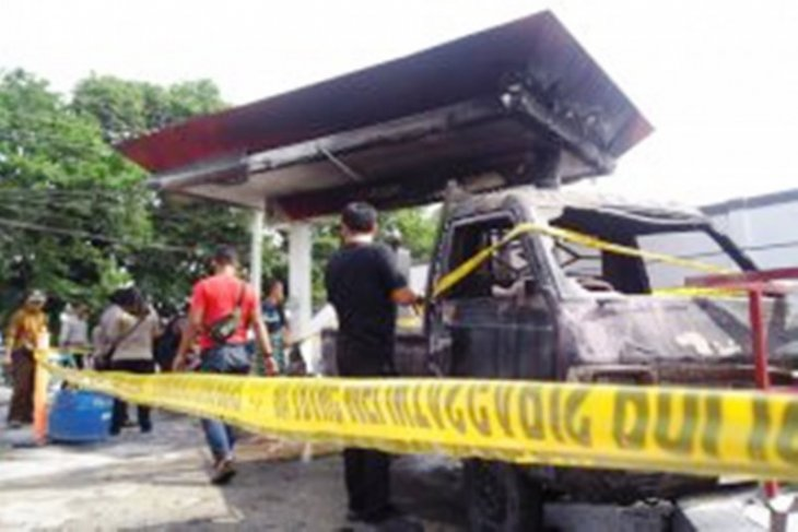 Tiga mobil hangus di SPBU di Kota Metro Lampung