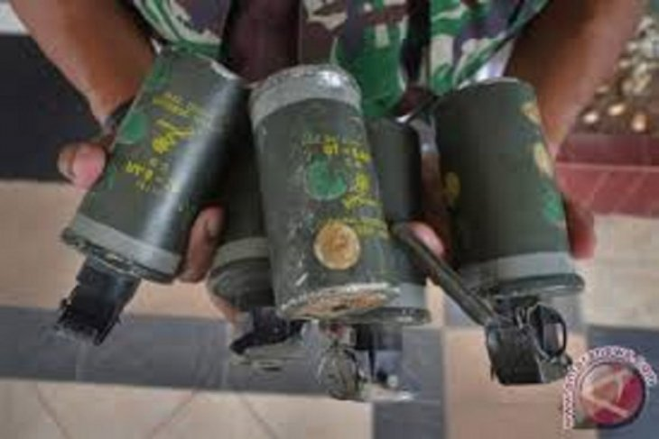 Polda Metro nyatakan granat asap di Monas bukan milik polisi